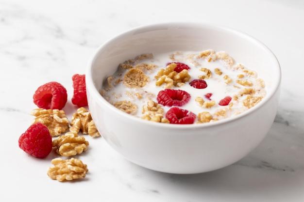 Білки або вуглеводи: як повинен виглядати правильний сніданок